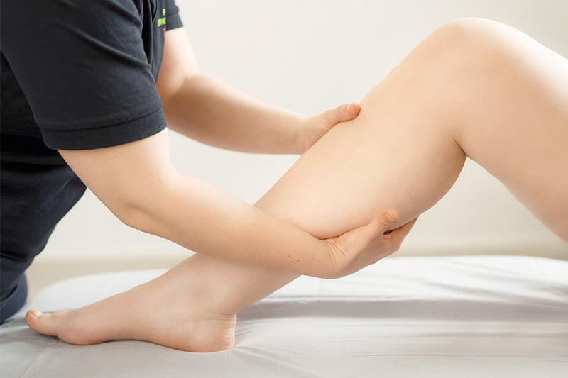Lymfaterapia on tehokas turvotusten hoitomuoto. Turvotukset ovat yleisiä alaraajoissa.